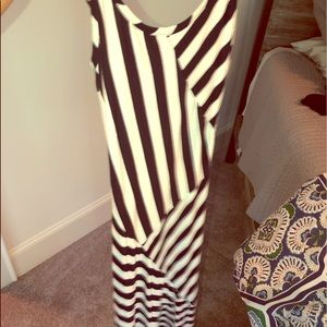 Navy and white stripe maxi dress size small